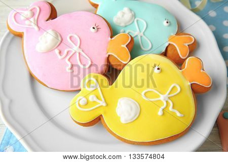 Spice cakes on plate, closeup