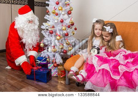 The Two Girls Did Not Wait For Santa Claus And Went To Sleep, Santa Claus At This Time Put Presents