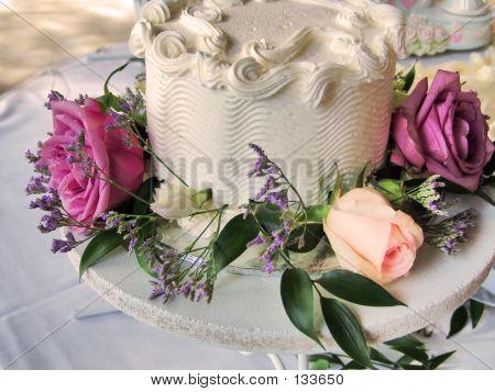 Wedding Cake & Roses