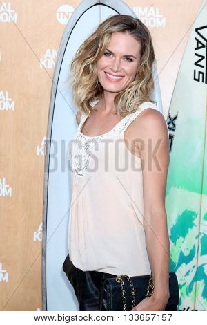 LOS ANGELES - JUN 8:  Lauren Shaw at the Animal Kingdom Premiere Screening at the The Rose Room on June 8, 2016 in Venice Beach, CA