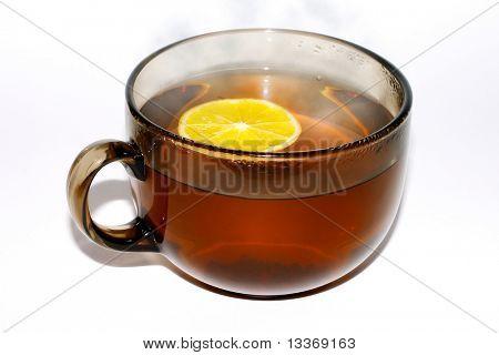 aromatisierter Tee mit Zitrone.