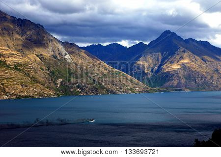 View over Lake Wakatipu from Ben Lomond in Queenstown, New Zealand's South Island.