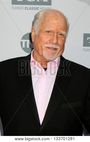 LOS ANGELES - JUN 9:  Richard Dreyfuss at the American Film Institute 44th Life Achievement Award Gala Tribute to John Williams at the Dolby Theater on June 9, 2016 in Los Angeles, CA