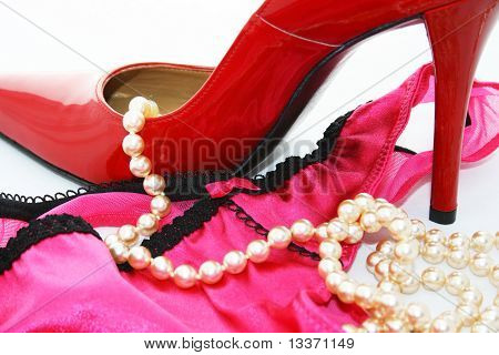 Stiletto, Slip And Perls