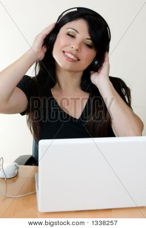 Online Music Generation