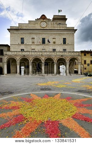 Piazza Montefalco With Flowers