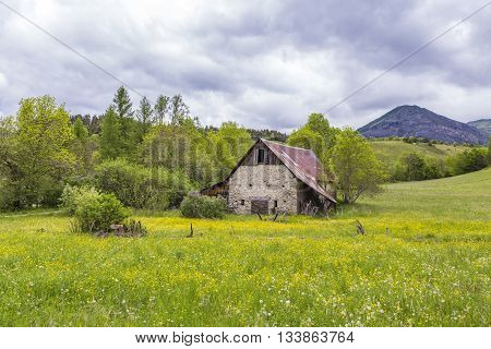 green meadow with hut near le Vernet at col Mirabeau