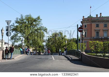 Saint Petersburg Russia - June 05 2016: Walking down the street people. 05 June 2016 in Saint Petersburg Russia