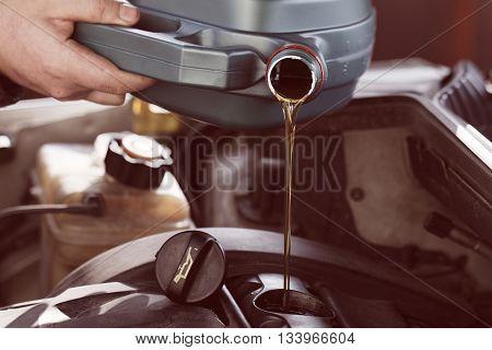Fresh Motor Oil