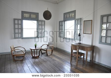 White Room Table Chair Set Wood