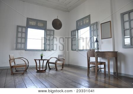 White Room Table Set Wood Chair