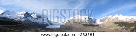 Icefield Center, Columbia Icefield, Jasper National Park, Alberta, Canada