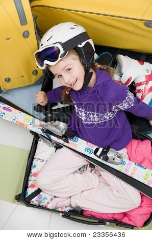 Travel, ski - Girl ready for the travel for winter vacation