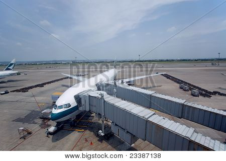 Touyuan County,taiwan,july, 7Th, 2011:  C.k.s. International Airport Flight In Boarding Procedure
