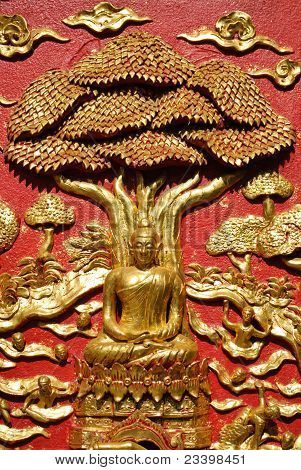 Lord Of Buddha On Red Wall
