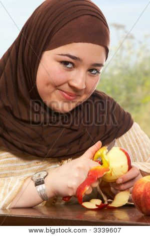 Apple Peeling