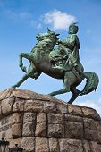 picture of hetman  - Historic monument to Hetman Bogdan Khmelnitsky on Sofia square in Kiev - JPG