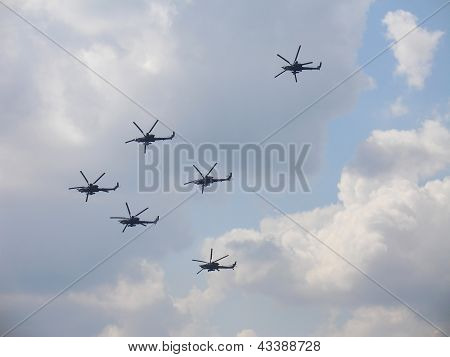 Helicopters Mi-28