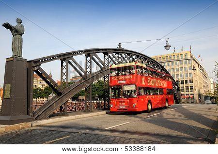 Speicherstadt  sightseeing bus - Hamburg city tour