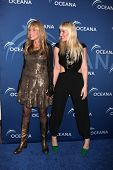 LOS ANGELES - OCT 30:  Carly Simon, Natasha Bedingfield at the Oceana's Partners Awards Gala 2013 at