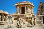 image of chariot  - Chariot and Vittala temple at Hampi - JPG