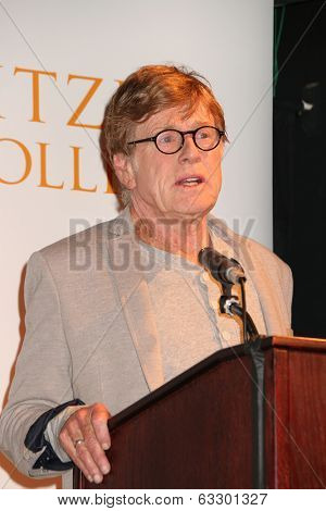 LOS ANGELES - APR 12:  Robert Redford at the Pitzer College and Robert Redford to Announce Breakthrough  at LA Press Club on April 12, 2014 in Los Angeles, CA