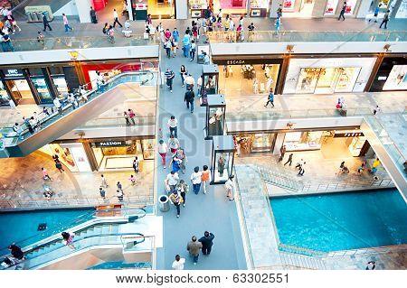 Marina Bay Shopping Plaza