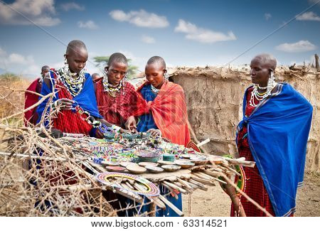 TANZANIA, AFRICA-FREBOARY 9, 2014: Masai with traditional  ornaments, review of daily life of local people on February 9, 2014. Tanzania.Traditional handmade accessories made from Masai.