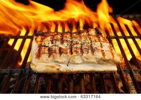 Grilled Pork Striploin And Bbq Flames,  Xxxl