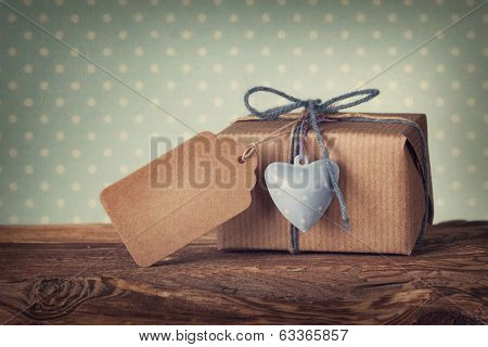 Gift box with a blank gift tag