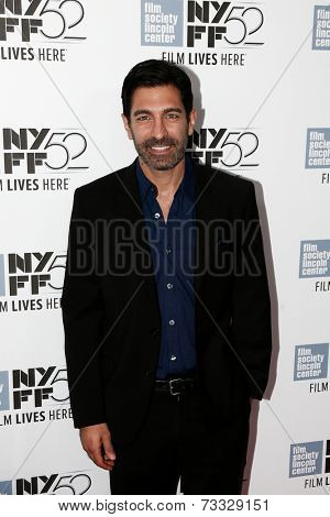 NEW YORK-OCT 5: Actor Thom Bishops attends the premiere of