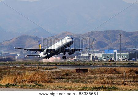 Lufthansa Airbus A321, Malaga.