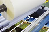 picture of laminate  - offset machine press print run at table sheet - JPG