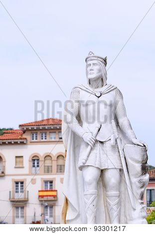Statue Of King Silo In Pravia