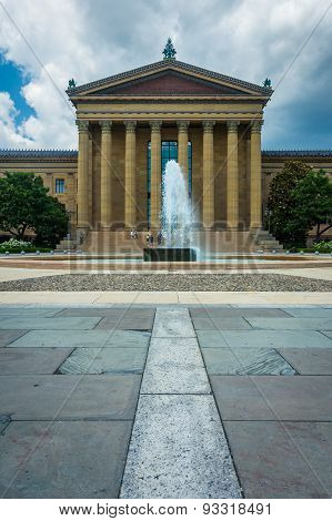 Fountain And The Art Museum In Philadelphia, Pennsylvania.