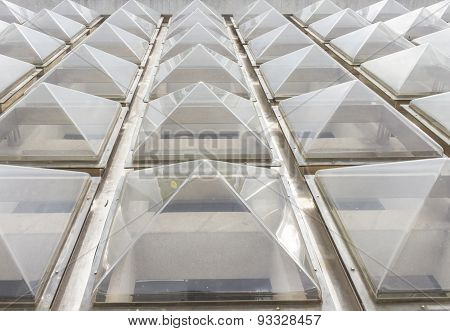 The Roof Design With Glass.