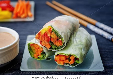 Spring Rolls With Chili Mayonnaise Dressing