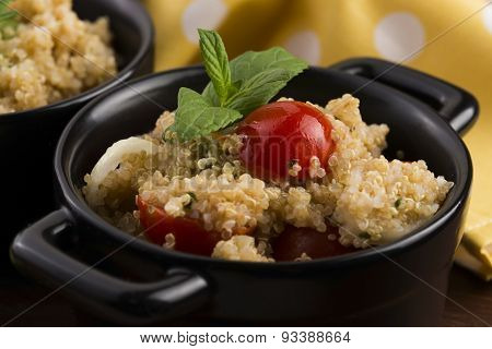 Tabbouleh Quinoa With Tomatoes, Onion, Mint, Parsley And Lemon