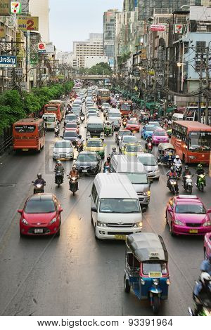 Everyday Big Traffic Flows On Roads Bangkok