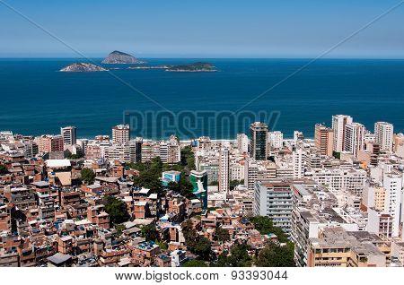 Contrasts of Rio de Janeiro City