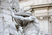 image of piazza  - statue in piazza navona  - JPG