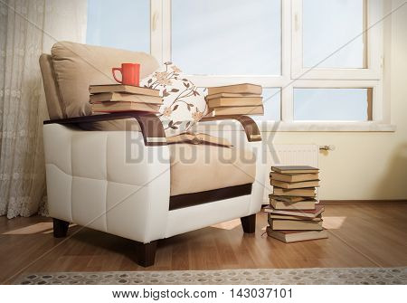 Love of reading - Mug and books