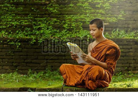 Novice monk learning, The concept of meditation