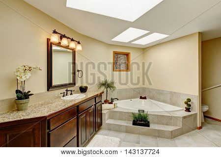 Modern Bathroom With Vanity Cabinet With Granite Counter Top