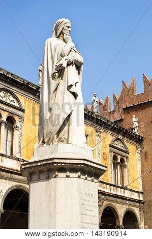 Dante Alighieri statue in Piazza dei Signori - Verona, Italy