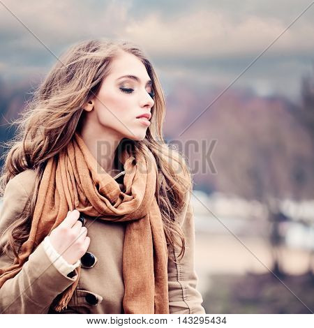 Fashion Beauty Portrait of Magnificent Woman. Girl Outdoors