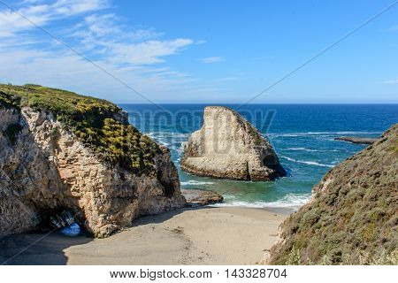 Santa Cruz Shark Fin Cove