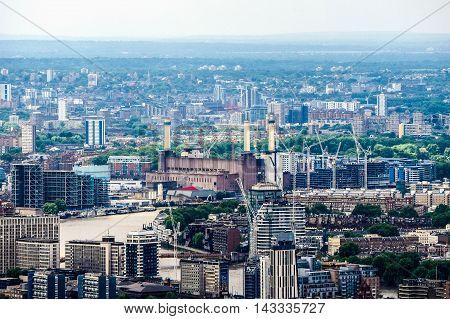 Battersea Power Station In London (hdr)