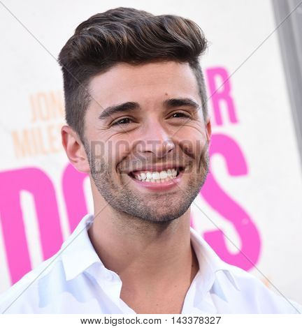 LOS ANGELES - AUG 15:  Jake Miller arrives to the