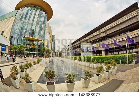 BANGKOK, THAILAND- APRIL 30, 2015: Fountain near Siam Paragon shopping mall.This is one of the biggest shopping center in Asia. It includes a wide range of specialty stores and restaurants.